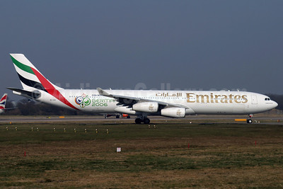 Emirates Airline Airbus A340-313 A6-ERN (msn 166) (World Cup Germany 2006) LGW (Antony J. Best). Image: 901467.