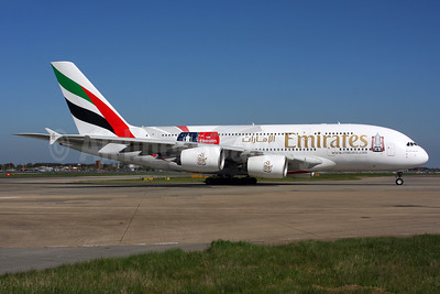 "Emirates' 2016 ""The Emirates Group FA Cup"" logo jet"