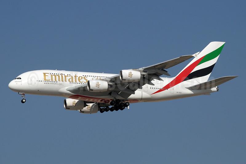 Emirates Airline Airbus A380-861 A6-EDZ (msn 107) DXB (Paul Denton). Image: 912059.