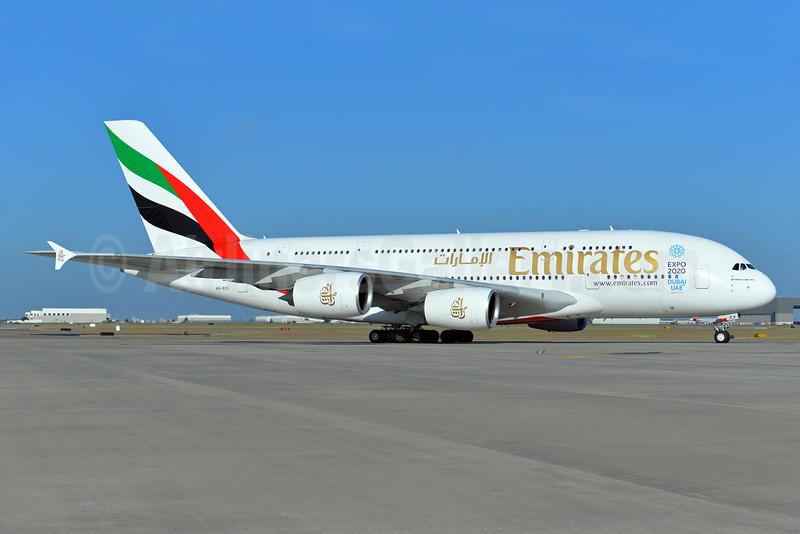 Emirates Airline Airbus A380-861 A6-EEV (msn 150) (Expo 2020 Dubai UAE) DFW (Brian Peters). Image: 924820.