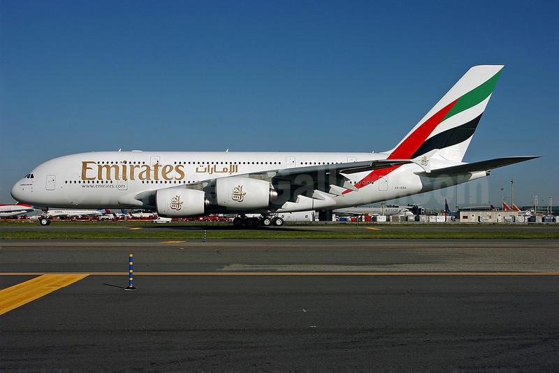 Emirates Airline Airbus A380-861 A6-EDA (msn 011) JFK (Ken Petersen). Image: 900481.