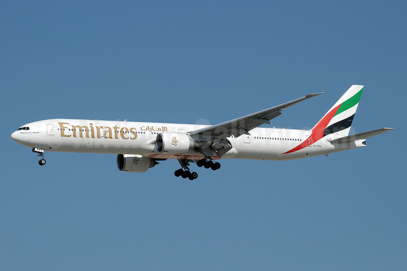 Emirates Airline Boeing 777-36N ER A6-EBW (msn 32793) DXB (Paul Denton). Image: 911099.