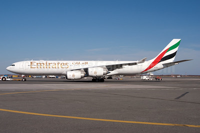Emirates Airline Airbus A340-541 A6-ERG (msn 608) JFK (Fred Freketic). Image: 950133.