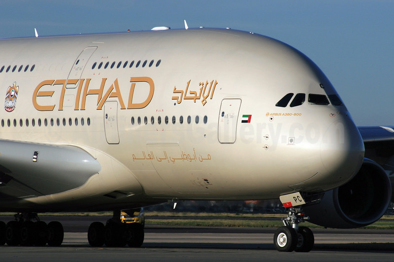 Etihad Airways Airbus A380-861 A6-APC (msn 176) LHR. Image: 928998.