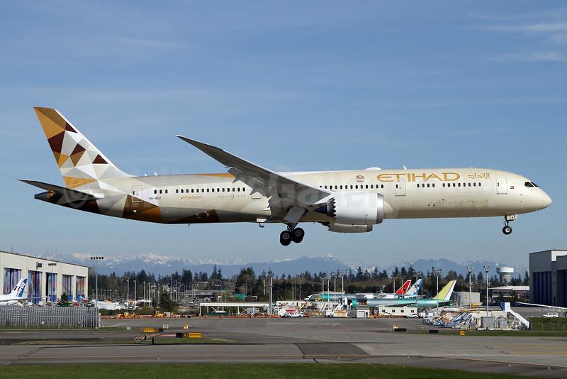 Etihad Airways Boeing 787-9 Dreamliner A6-BLF (msn 39651) PAE (Nick Dean). Image: 932446.