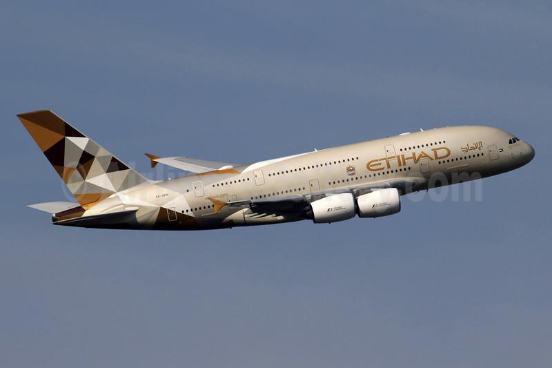 Etihad Airways Airbus A380-861 A6-APH (msn 199) LHR (SPA). Image: 934854.