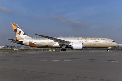 Etihad Airways Boeing 787-9 Dreamliner A6-BLO (msn 39660) AMS (Ton Jochems). Image: 945941.