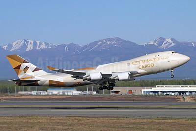Etihad Airways Cargo (Etihad AIrways)-Atlas Air Boeing 747-47UF N476MC (msn 29256) ANC (Michael B. Ing). Image: 927612.