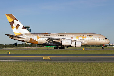 Etihad Airways Airbus A380-861 A6-APE (msn 191) SYD (John Adlard). Image: 930986.