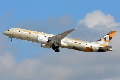 Etihad Airways Boeing 787-9 Dreamliner A6-BLC (msn 39648) ZRH (Paul Bannwarth). Image: 932404.