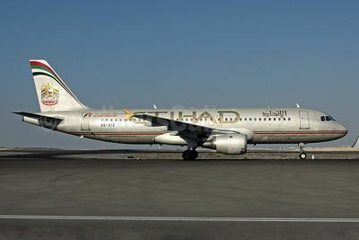 Etihad Airways Airbus A320-211 A6-EIZ (msn 350) (Abu Dhabi Grand Prix 2011 Formula 1) AUH (Rob Finlayson). Image: 938432.