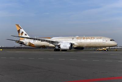 Etihad Airways Boeing 787-9 Dreamliner A6-BLU (msn 39675) AMS (Ton Jochems). Image: 945709.
