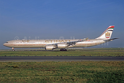 Etihad Airways Airbus A340-642 A6-EHH (msn 870) (Abu Dhabi Grand Prix 2014 Formula 1) CDG (Jacques Guillem). Image: 938431.