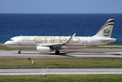 Etihad Airways Airbus A320-232 WL A6-EIV (msn 5882) SEZ (Nick Dean). Image: 942365.