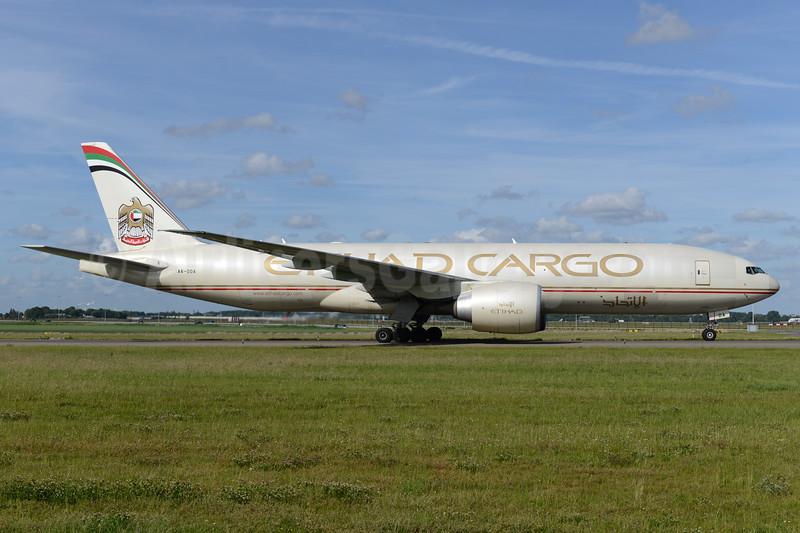 Etihad Airways Cargo (Etihad Airways) Boeing 777-FFX A6-DDA (msn 39682) AMS (Ton Jochems). Image: 938061.