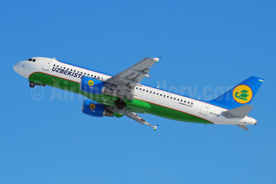 Uzbekistan Airways Airbus A320-214 UK32018 (msn 4724) DME (OSDU). Image: 907848.