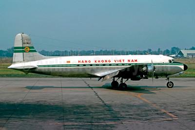 Hãng Không Việt Nam Douglas C-54D-5-DC (DC-4) XV-NUJ (msn 10701) VTE (Christian Volpati). Image: 901204.