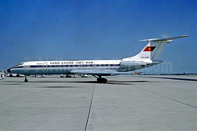 Hãng Không Việt Nam Tupolev Tu-134A VN-A104 (msn 61055) BKK (Chris Witt - Christian Volpati Collection). Image: 949421.