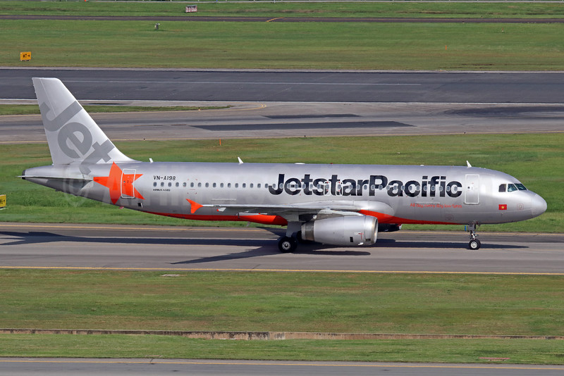 Jetstar Pacific Airlines (Jetstar.com) Airbus A320-232 VN-A198 (msn 4459) SIN (Michael B. Ing). Image: 934916.