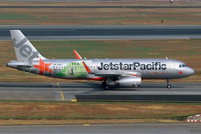 "Jetstar Pacific's 2017 ""Tea +"" logo jet"