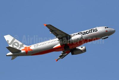 Jetstar Pacific Airlines (Jetstar.com) Airbus A320-232 VN-A198 (msn 4459) HKG (Javier Rodriguez). Image: 939005.