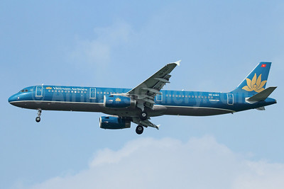 Vietnam Airlines Airbus A321-231 VN-A367 (msn 4315) BKK (Michael B. Ing). Image: 910743.