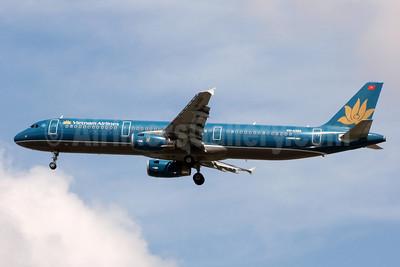 Vietnam Airlines Airbus A321-231 VN-A360 (msn 3862) BKK (Jay Selman). Image: 402268.