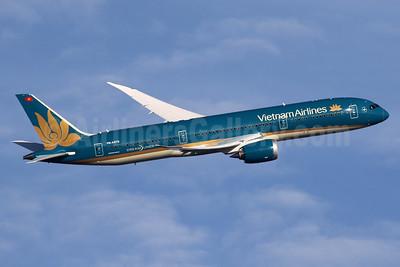 Vietnam Airlines Boeing 787-9 Dreamliner VN-A870 (msn 39289) LHR (SPA). Image: 936149.