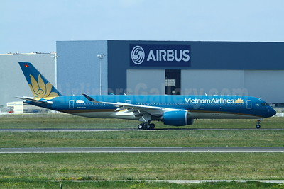 The first Airbus A350-900 for Vietnam Airlines