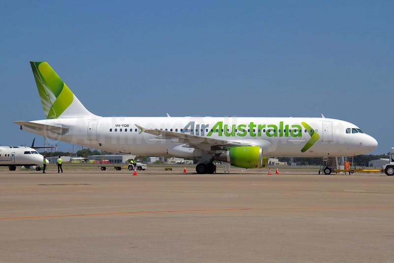 Air Australia Airbus A320-212 VH-YQB (msn 279) BNE (Peter Gates). Image: 907869.