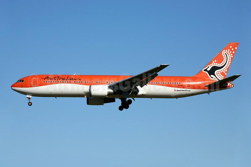 Australian Airlines (2nd) Boeing 767-338 ER VH-OGI (msn 25246) SYD (John Adlard). Image: 900026.