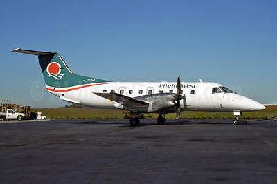Flight West Airlines Embraer EMB-120RT Brasilia VH-XFZ (msn 120140) BNE (Rob Finlayson). Image: 951817.