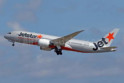 Jetstar Airways (Australia) Boeing 787-8 Dreamliner VH-VKH (msn 36233) DPS (Pascal Simon). Image: 942487.