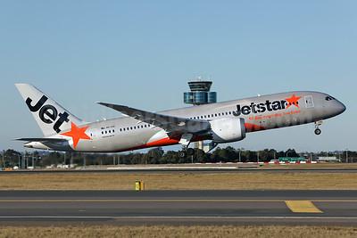 Jetstar Airways (Australia) Boeing 787-8 Dreamliner VH-VKE (msn 36230) SYD (John Adlard). Image: 924459.
