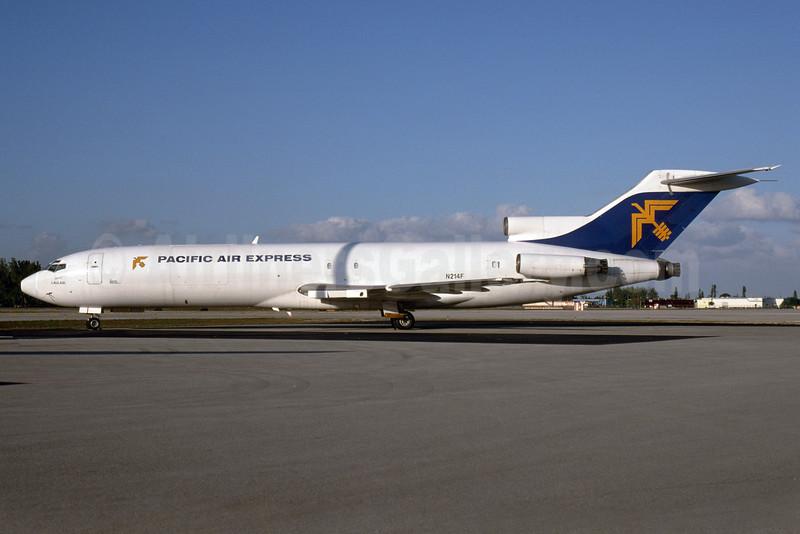 Pacific Air Express (Australia) Boeing 727-281 (F) N214F (msn 21455) OPF (Bruce Drum). Image: 103933.