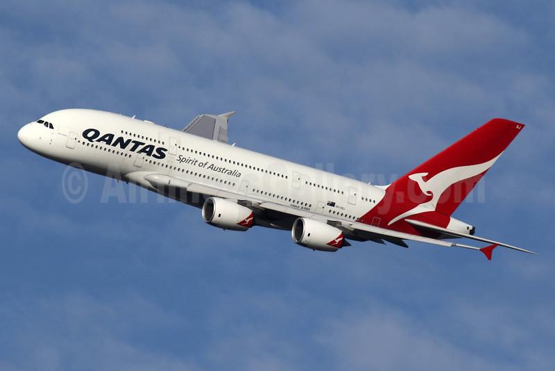 QANTAS Airways Airbus A380-842 VH-OQJ (msn 062) LHR (SPA). Image: 935640.