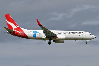 QANTAS Airways Boeing 737-838 WL VH-VZO (msn 34191) (Cancer Foundation of Australia) MEL (Keith Burton). Image: 921785.