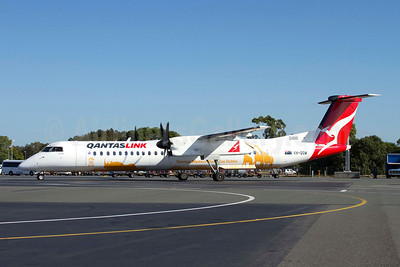 QANTAS Link-Sunstate Airlines Bombardier DHC-8-402 (Q400) VH-QOW (msn 4285) (Taronga Western Plains Zoo) BNE (Peter Gates). Image: 906525.