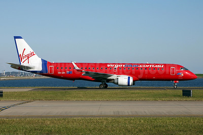 Virgin Blue Airlines (virginblue.com.au) Embraer ERJ 190-100 IGW (ERJ 190AR) VH-ZPI (msn 19000202) SYD (John Adlard). Image: 902864.
