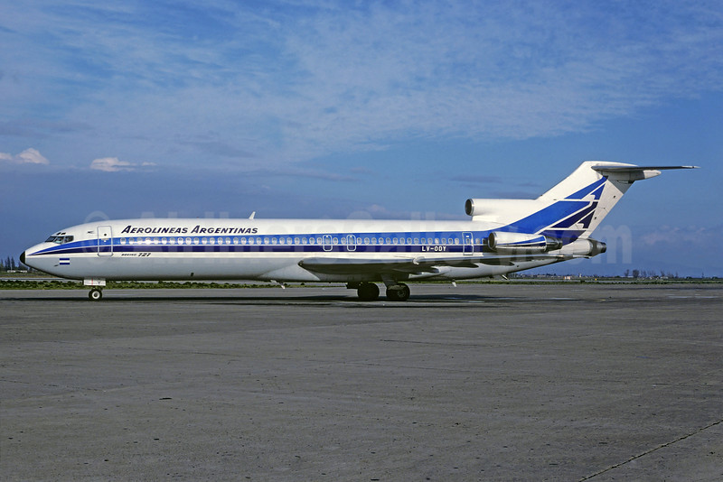 Aerolineas Argentinas Boeing 727-2M7 LV-ODY (msn 21823) EZE (Christian Volpati Collection). Image: 928656.