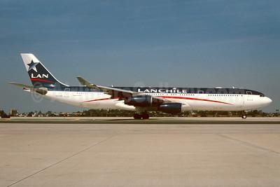 LAN Chile Airbus A340-313 CC-CQC (msn 363) LAX (Roy Lock). Image: 933137.