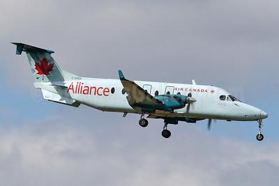 Air Canada Alliance-Air Georgian Beech (Raytheon) 1900D C-GHGA (msn UE-293) YYZ (Keith Burton). Image: 910640.
