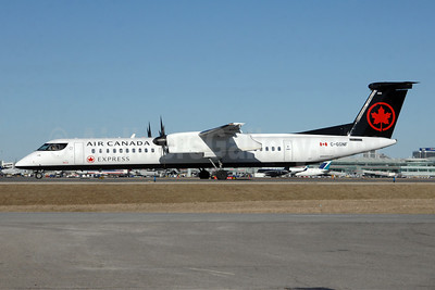 Air Canada Express-Jazz Aviation Bombardier DHC-8-402 (Q400) C-GGNF (msn 4393) YYZ (TMK Photography). Image: 941297.