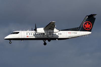 Air Canada Express-Jazz Aviation Bombardier DHC-8-311 Dash 8 (Q300) C-FRUZ (msn 293) YYZ (TMK Photography). Image: 948215.