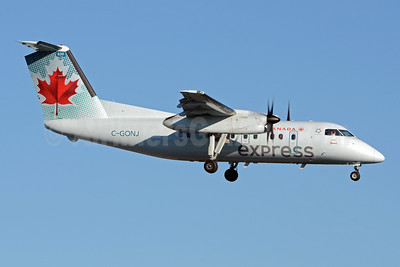 Air Canada Express-Jazz Aviation Bombardier DHC-8-102 Dash 8 C-GONJ (msn 095) YYZ (TMK Photography). Image: 910899.