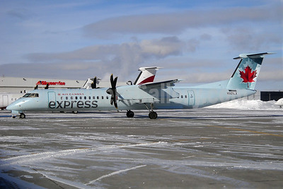 Air Canada Express (Sky Regional Airlines) Bombardier DHC-8-402 (Q400) N505LX (msn 4174) YYZ (TMK Photography). Image: 905929.