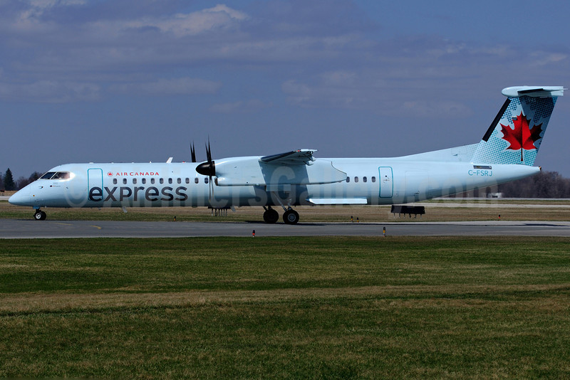 Air Canada Express (Sky Regional Airlines) Bombardier DHC-8-402 (Q400) C-FSRJ (msn 4165) YHM (Reinhard Zinabold). Image: 906283.