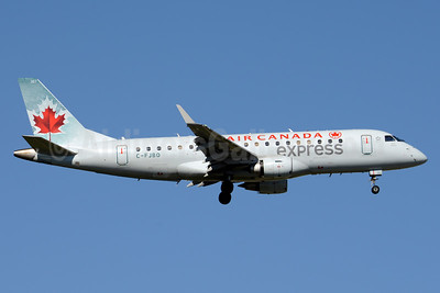 Air Canada Express (Sky Regional Airlines) Embraer ERJ 170-200SU (ERJ 175) C-FJBO (msn 17000277) YYZ (Jay Selman). Image: 403550.