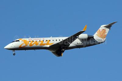 Air Canada Jazz (Jazz Air) Bombardier CRJ200 (CL-600-2B19) C-GXJA (msn 8017) ATL (Bruce Drum). Image: 101206.