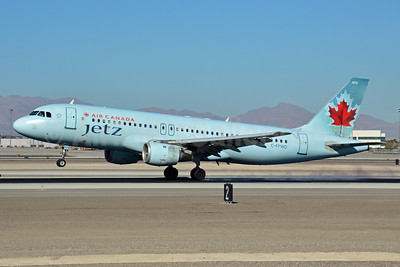 Air Canada Jetz (Air Canada) Airbus A320-211 C-FPWD (msn 231) LAS (Eddie Maloney). Image: 921382.
